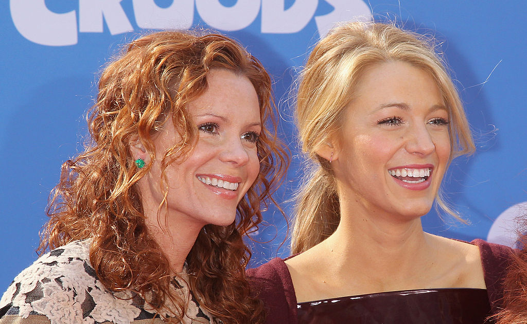 "Blake Lively just shared a photo of herself and sister Robyn (who starred in ""Teen Witch"")!"