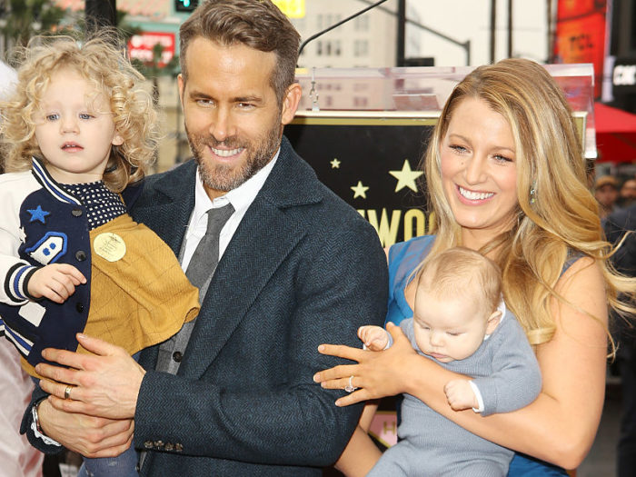 Blake Lively finally posted a pic of her daughter James on ... блейк лайвли инстаграм