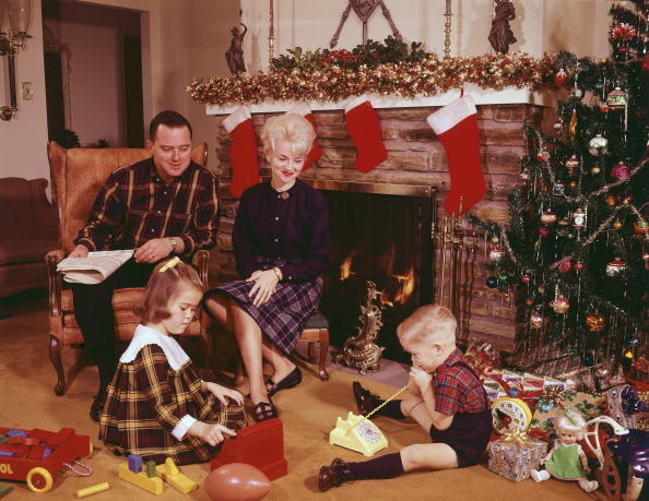 This man's story about why his mother would sneak out on Christmas Eve is about to give you all the holiday feels