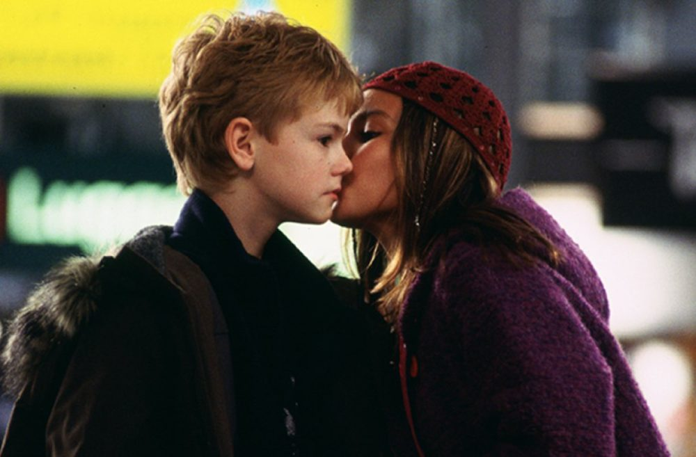 """""""Love Actually"""" star Olivia Olson shared something we never knew about her adorable movie kiss with Thomas Sangster"""