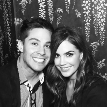 """Another """"Glee"""" star is engaged! Dean Geyer proposes to """"Code Black"""" Actress Jillian Murray in the cutest way"""