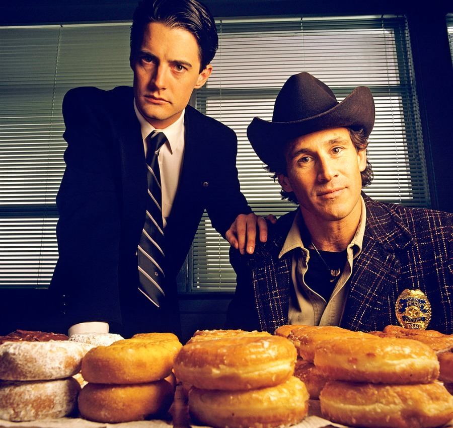 "If you want to watch David Lynch eating a donut, watch the latest ""Twin Peaks"" trailer"
