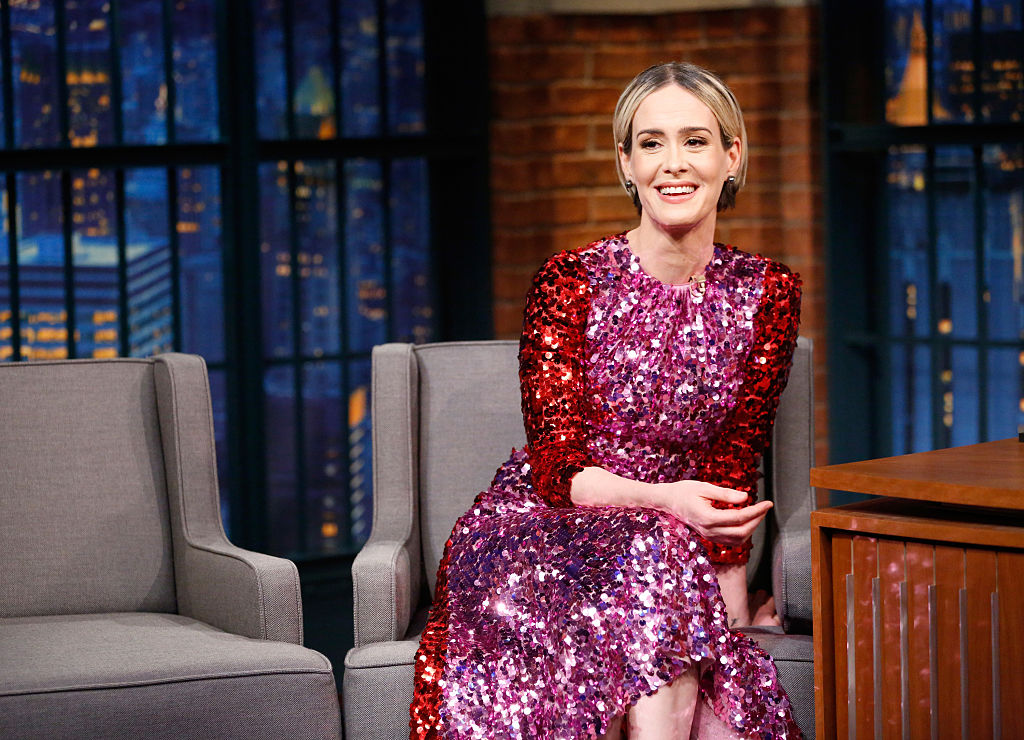 "Sarah Paulson is as much of a fangirl as the rest of us on the set of ""Oceans Eight"""