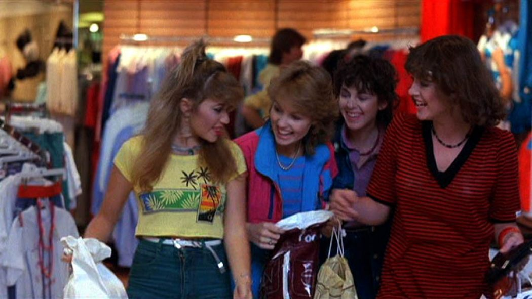 These classic movie mall scenes might actually get you excited about last-minute holiday shopping IRL