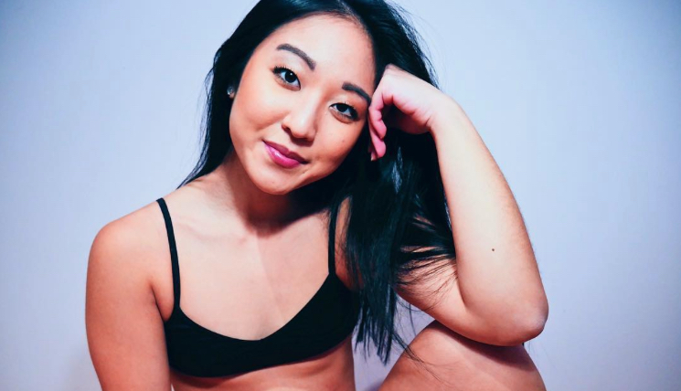 This body-positive Instagrammer wrote a vulnerable and moving ode to her body
