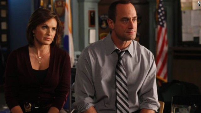 """SVU's"" Mariska Hargitay and Christopher Meloni (aka Benson and Stabler) just had a holiday reunion, and this makes us far happier than it probably should"