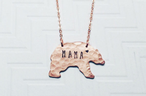 13 last-minute gifts for your mom that she will seriously love