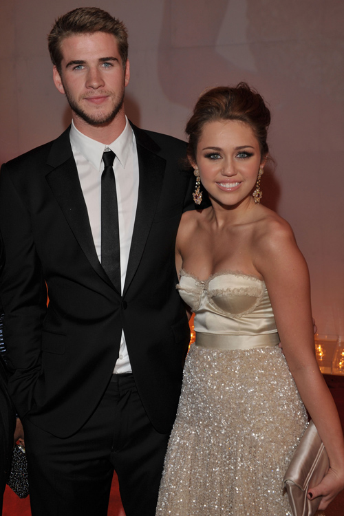 Who is miley dating now 2011
