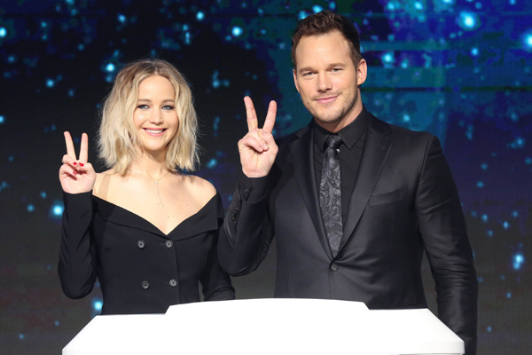 This is what happened when an interviewer asked probing questions of Jennifer Lawrence and Chris Pratt's sex lives