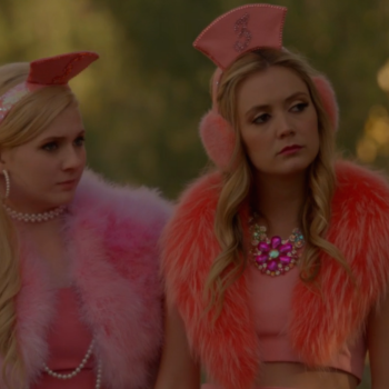 "This is how to pay homage to the fashion from ""Scream Queens'"" season finale, ""Drain the Swamp"""
