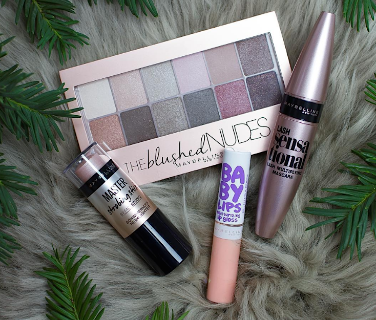 If you're STILL stressing about shopping, here are last-minute beauty gifts you can pick up at the drugstore