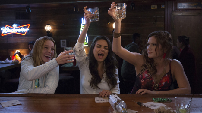 """Bad Moms"" is getting a Christmas themed sequel and we're LOL'ing already"