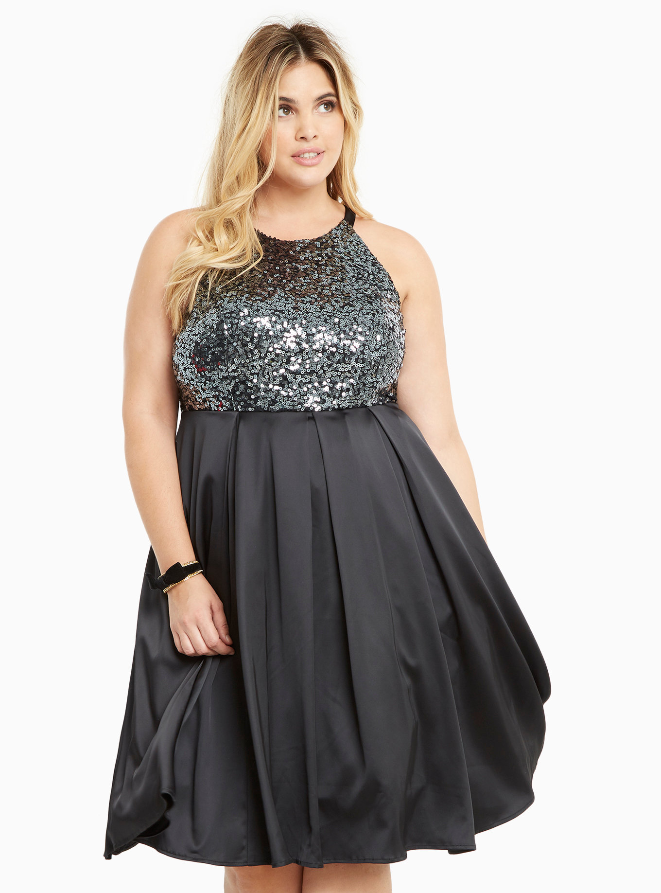 20 glamorous plus-size dresses you can rock for New Year's Eve