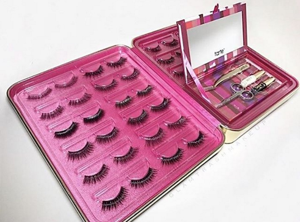 Tarte's new limited-edition Wink Wardrobe Lash Binder is every beauty junkie's dream