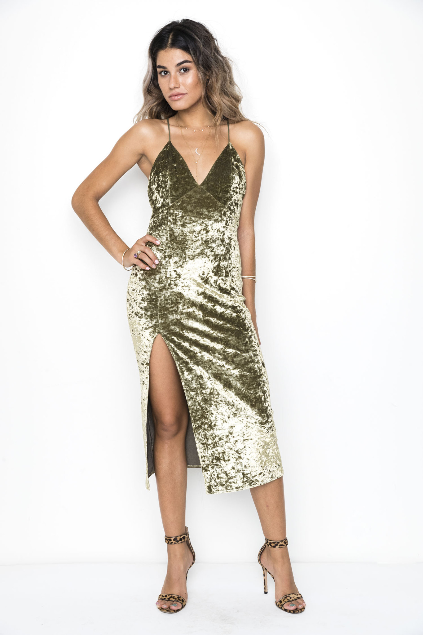 11 non sparkly new year 39 s eve dresses for the anti glitter for Glitter new years dresses
