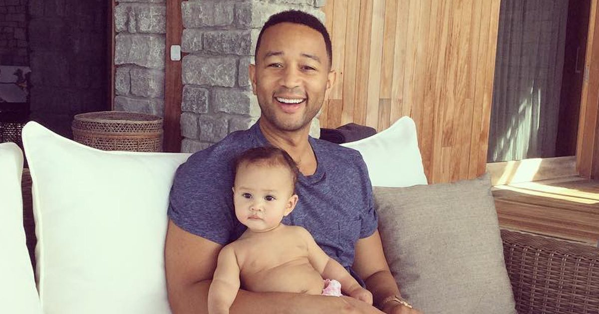 Chrissy Teigen and John Legend basically did a photoshoot with baby Luna to celebrate John's birthday and AWWW