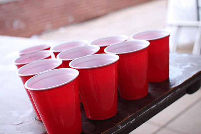 As if 2016 wasn't bad enough, we just found out that the inventor of the red solo cup died