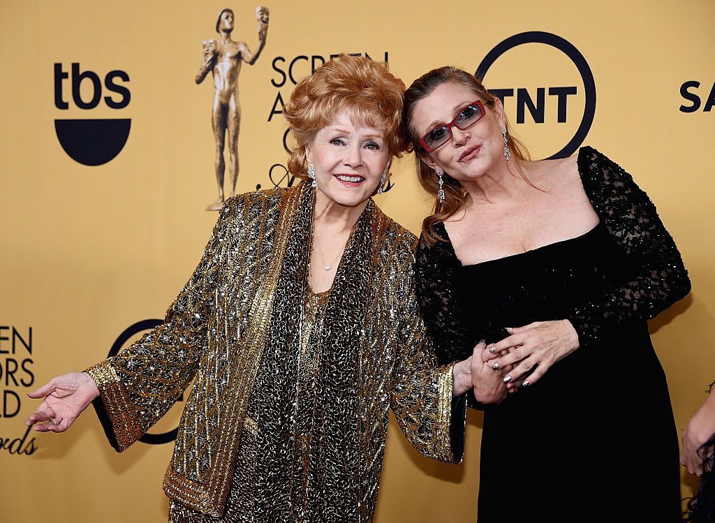 16 reactions to Carrie Fisher and Debbie Reynold's tribute at the Golden Globes that are still making us cry