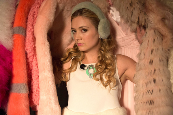 """Billie Lourd's """"Scream Queens"""" earmuffs are a tribute to mom's Princess Leia's buns and we can't handle the sweetness"""