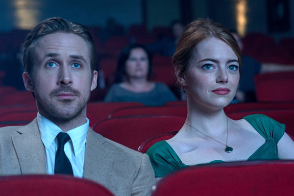 """""""La La Land"""" director reveals the one scene where they hired a hand double for Ryan Gosling but never used him"""