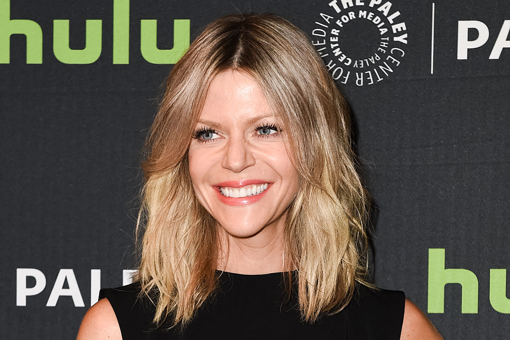 "Kaitlin Olson from ""It's Always Sunny"" wants to guest star on ""Game of Thrones"" and we are all about it"