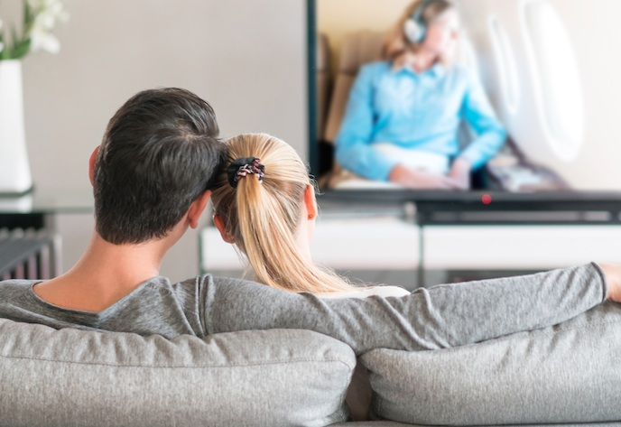 """This guy is questioning his relationship with his girlfriend because she """"watches reality TV,"""" and, groan"""