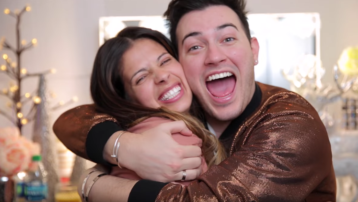 Beauty vloggers Manny MUA and Laura Lee tried the 5-minute makeup challenge and they are beauty goals