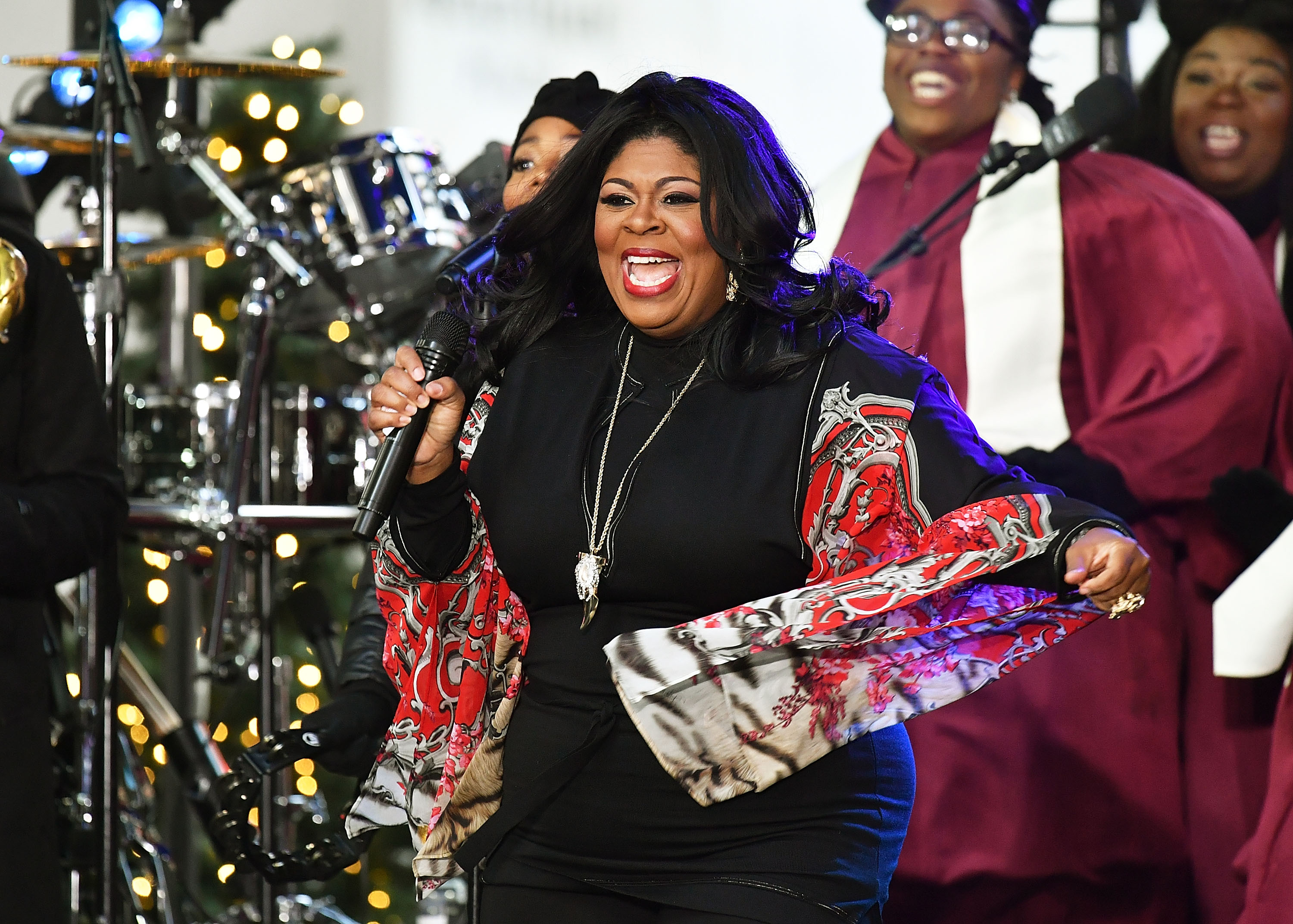 "Singer Kim Burrell won't appear on ""Ellen"" after all"