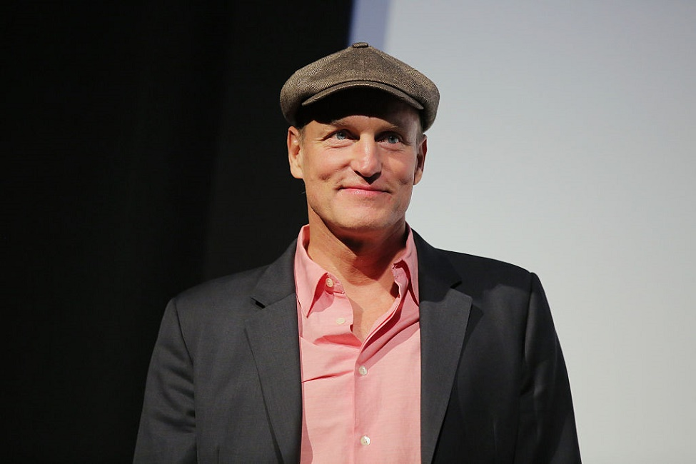 Woody Harrelson might be featured in the upcoming Han Solo movie, and we think he'd be an amazing choice