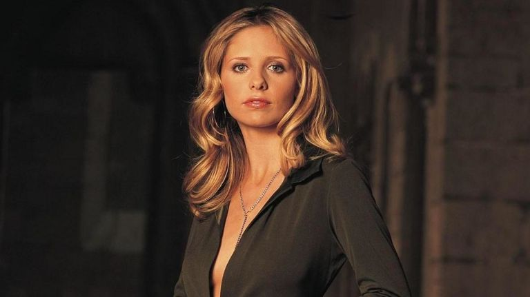 "We're sobbing tears of nostalgia: Sarah Michelle Gellar just acknowledged ""Buffy's"" 20th anniversary"