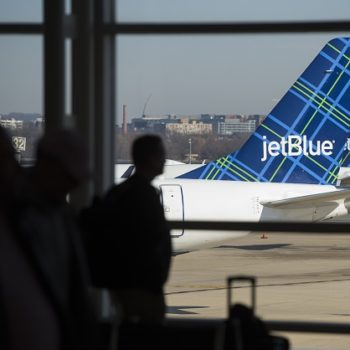 JetBlue is having a *serious sale* and we're already packing our bags