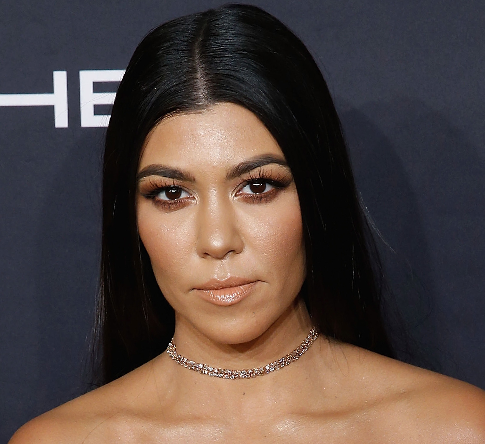 Kourtney Kardashian proves that the body chain is THE ultimate swimsuit accessory