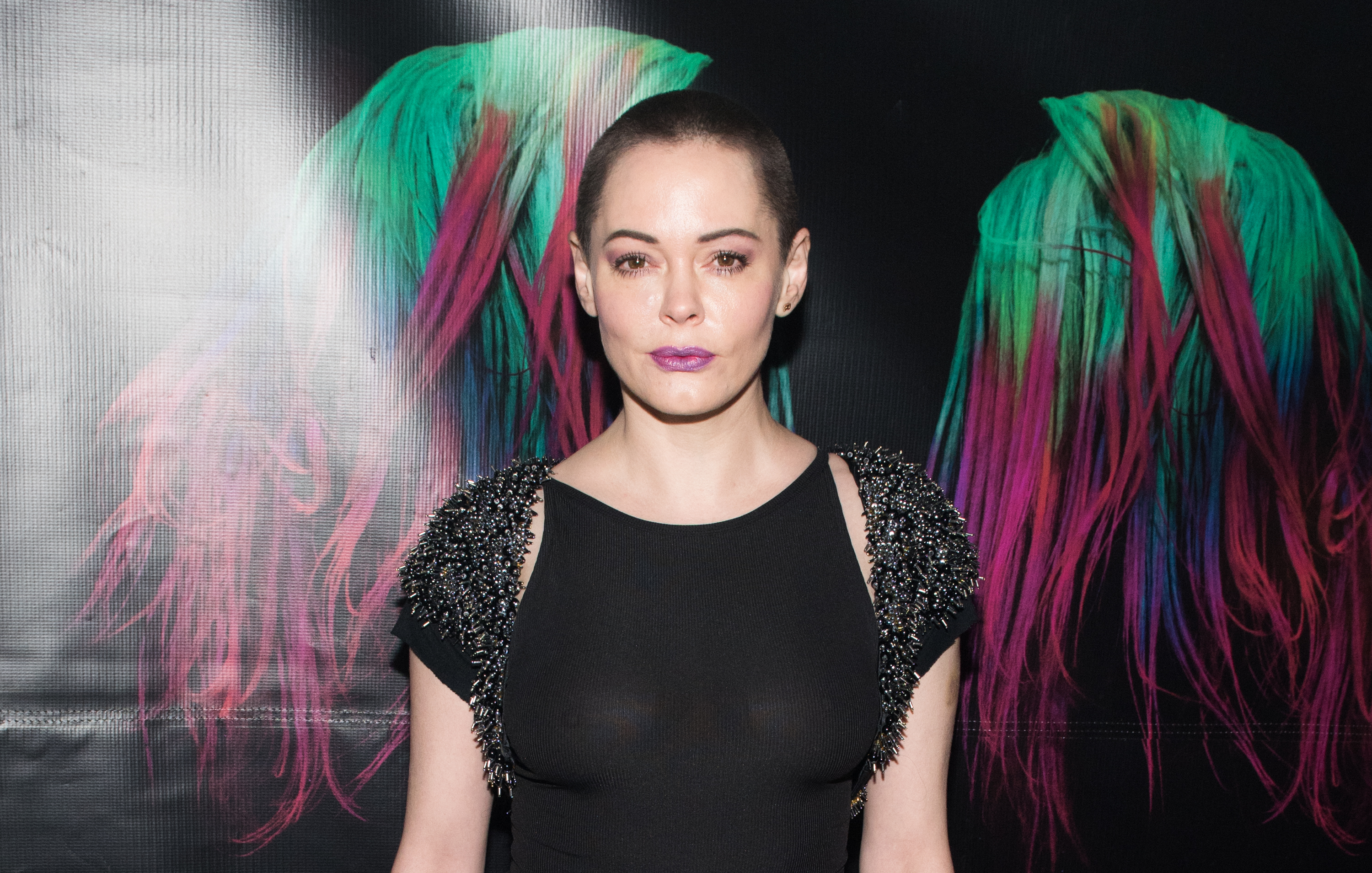 "Rose McGowan may have just instagrammed her opinion of a ""Charmed"" reboot"