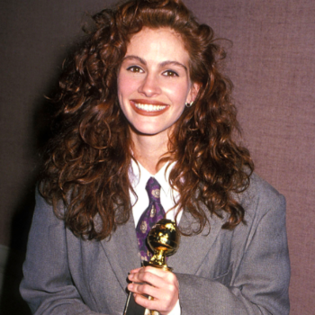 Never forget when Julia Roberts slayed in an oversized suit at the 1990 Golden Globe Awards