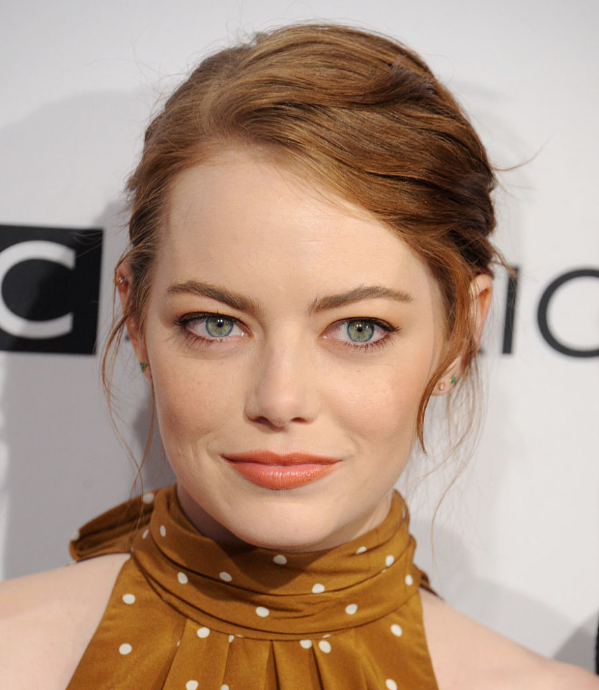 Emma Stone looks like a 1930s movie star in this adorable polka dot frock