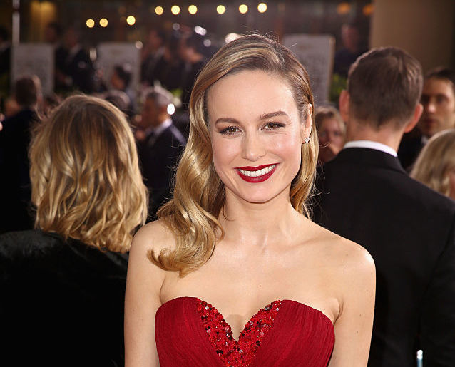 Brie Larson is taking our breath away in her Jessica Rabbit-red gown at the Golden Globes