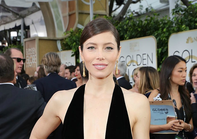 Jessica Biel got drunk before the Golden Globes, and same girl