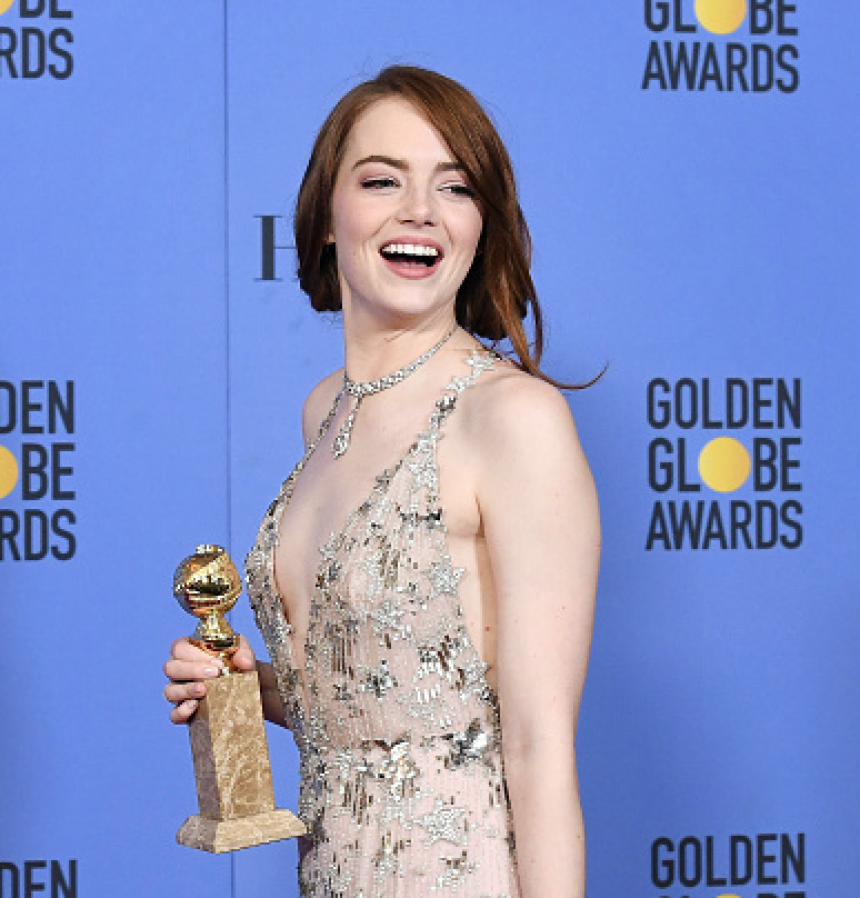 """Emma Stone wins the Golden Globe for most awkwardly endearing """"hug fail"""""""