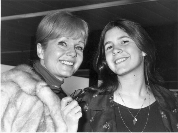 How Carrie Fisher and Debbie Reynolds give me hope for a better relationship with my estranged mother