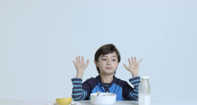 kids-try-healthy-food-from-the-past-century