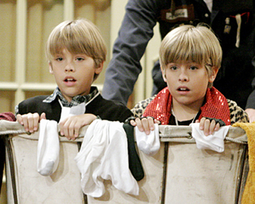 cole-sprouse-suite-life