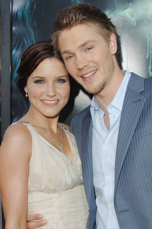 sophia-bush-chad-michael-murray