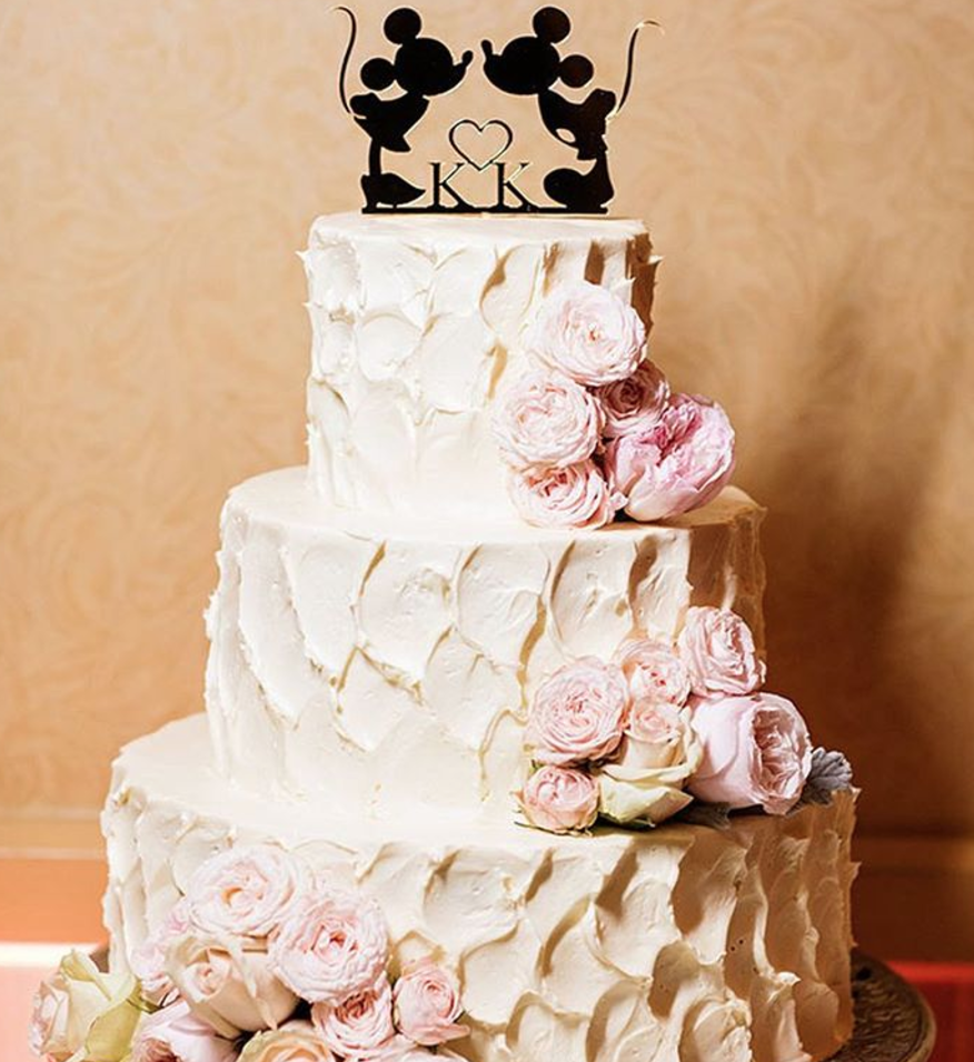Fans of Disney and dessert, feast your eyes upon these outrageous Disney-themed wedding cakes