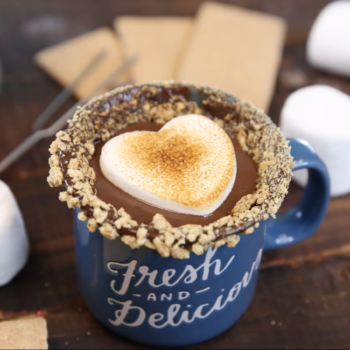 """Stop everything, this """"campfire s'mores"""" hot chocolate is #drinkgoals"""