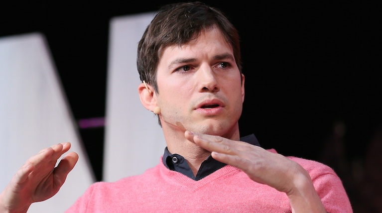 """Ashton Kutcher calls out a tabloid for referring to a family member as his """"mystery girl"""""""