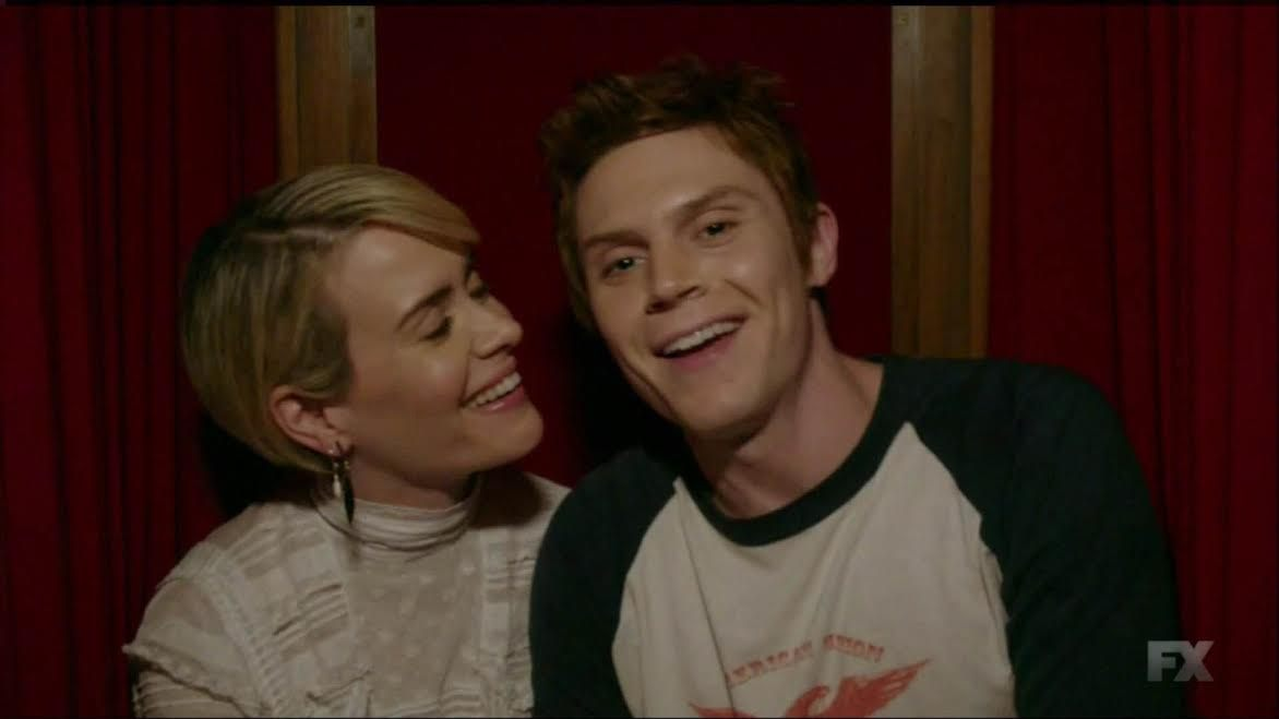 "Start screaming, *both* Evan Peters and Sarah Paulson will star in ""American Horror Story"" Season 7"