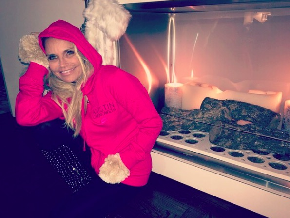 Kristin Chenoweth opened up about being adopted, and we love what she had to say