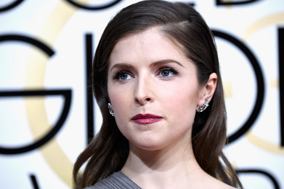 Anna Kendrick might star as Santa Claus in a female-centric Christmas movie, which is incredible news
