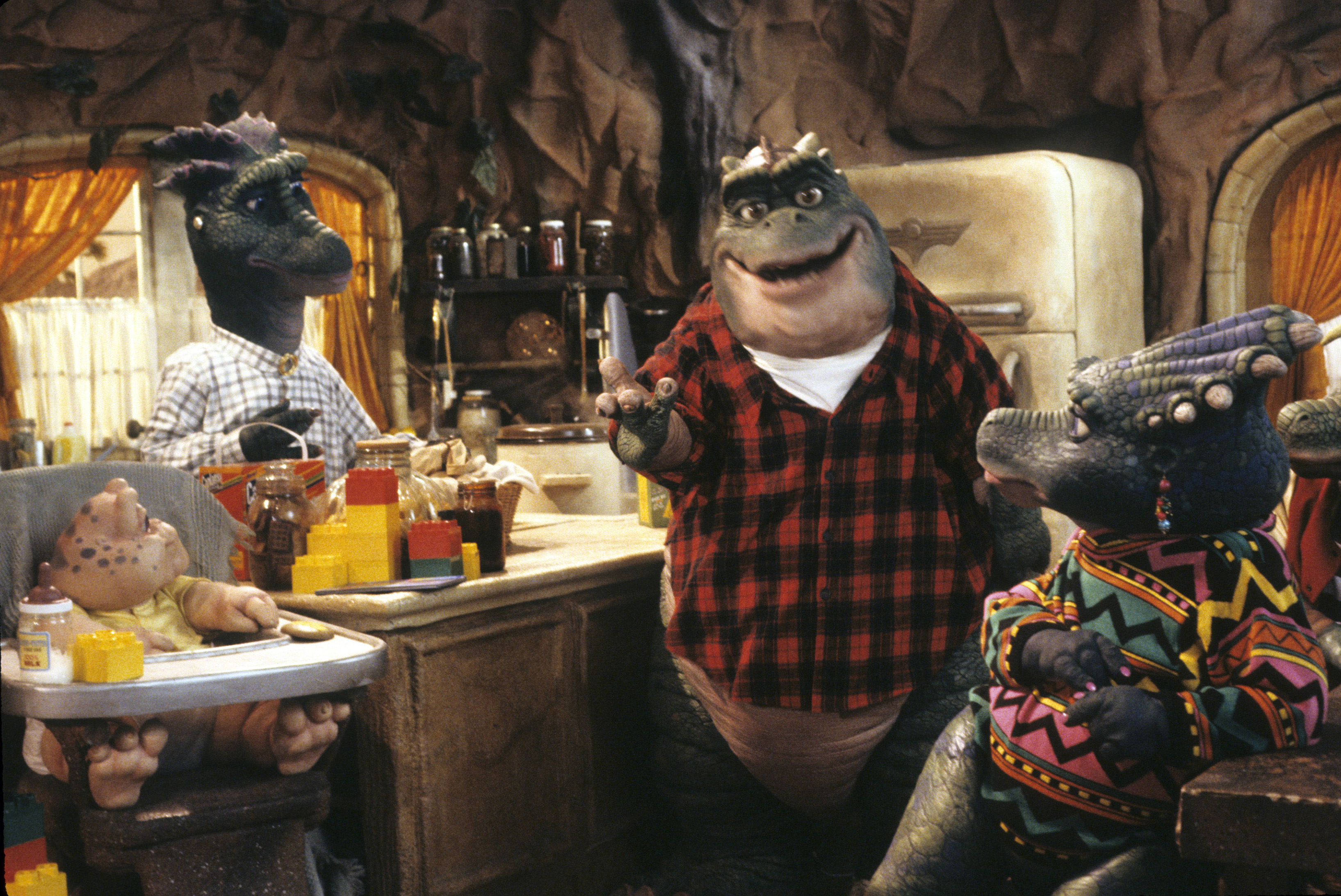 "There's a petition to get ABC to reboot ""Dinosaurs,"" and this is something we can get behind"
