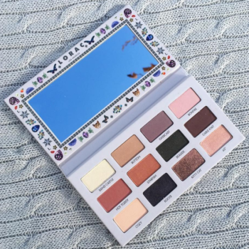 We have spring on our mind thanks to Lorac's new California Dreaming eyeshadow palette